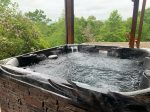 Mountain View Lodge-- New Hot Tub