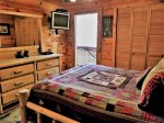 Blue Ridge cabin rentals-master bed
