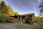 Large Cabin with a seasonal View, Close to Ocoee River Rafting 20 minutes from Blue Ridge