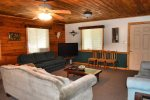 lower living area-Ocoee River cabin rentals