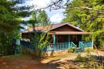 Toccoa river cabin rentals-mountain view