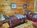 2nd bedroom w/ twins-north Georgia cabin rental