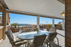 BEACHFRONT HOME with 7 BR, 10 BATH - 3 Huge Decks - New Remodel