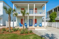 New to rental market! Close to the Beach, Carriage House & Private Pool, Pets OK