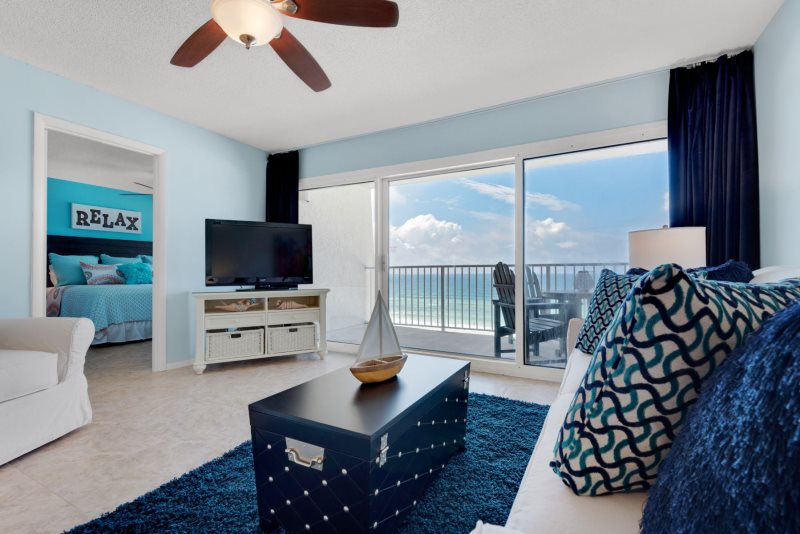 Beachfront Condo ~ Penthouse Level ~ All New Furniture~ Fantastic Views ~  Pool
