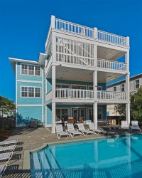 Across from Beach, Sleeps 20 in Beds! Ocean Views, Big Private Pool, GOLF CART