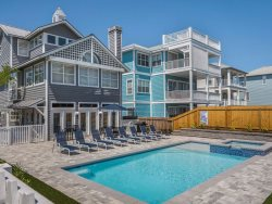 Stunning New Pool with Spa - New Kitchen - Golf Cart - Right Across from Beach!