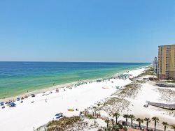 Jade East Towers: Incredible Views & Gulf Front Location in Heart of Destin!