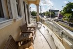 Balcony over the main avenue. Perfect for Carnival or Sunsets