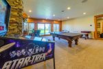 Game Room pool table & games