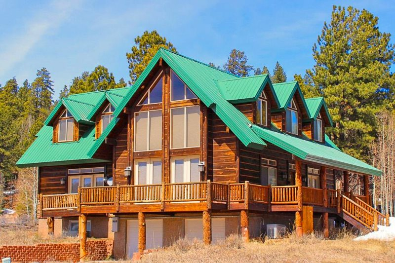 Luxury Cabin Accommodates 14 Less than 45 min From Zion