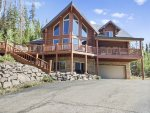 Skier's Retreat, is a luxury home nestled near Aspen trees overlooking a meadow and a brand new Hot Tub in backyard!