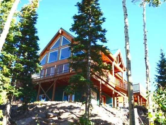 w deck cabin around over clajensen wrap reunion cozy in entertainment offers to pinterest this best accommodations rentals vacation ut cabins sunny close a one skiing on head and spacious brian images