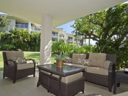 Vista Waikoloa D101. Spacious ground floor unit.  Includes beach gear!