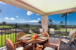 622 Bay Club Waikoloa. Includes Hilton Pool Pass for 2019