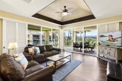 Vista Waikoloa D302.  Stunning remodel.  Third Floor.  Includes Beach Gear!