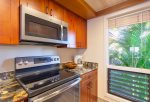 Enjoy custom Gold remodel, new stainless appliances