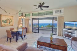 Luxurious remodeled townhouse with gorgeous ocean, island, golf course AND coastal views!