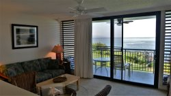 Oceanfront 1 bedroom condo!