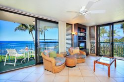 2 Bedroom Corner unit on the ocean!