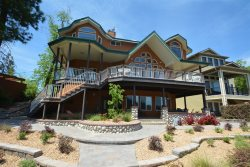 Beautiful 3 Story Lakefront Home Near Yosemite with Private Dock