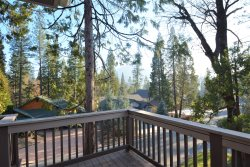 BLE03 - Large Home in Bass Lake Estates - Near Yosemite National Park