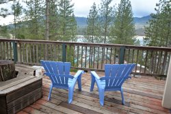MV05 - Great 2 Story Home in Marina View, Located at Bass Lake, Near Yosemite National Park
