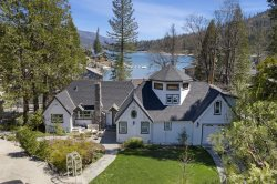 Charming and magical lake view home located near the South entrance of Yosemite National Park