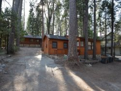 Charming and beautifully appointed home located in the Pines Tract area of Bass Lake