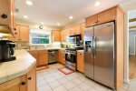 Very well equipped and appointed kitchen