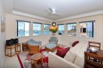 La Roche Condo, Morro Bay Embarcadero. ADA accessible. Pet Friendly. Sleeps 4. La Roche 1