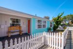 This modern bungalow is ideal for your morro bay getaway