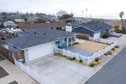 Pet Friendly! Modern and Classic Morro Bay Beach Home Recently Remodeled
