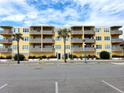 Sandpiper Condominiums - Unit 201 - Ocean Front Panoramic Views of Tybee Beach - FREE Wi-Fi