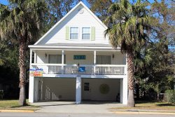 1203 Butler Avenue - A Tropical Retreat Just One Block From the Beach - FREE Wi-Fi