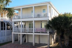 15 T.S. Chu Terrace - Chu Cottage - Bring the whole family for a great Tybee vacation - FREE Wi-Fi