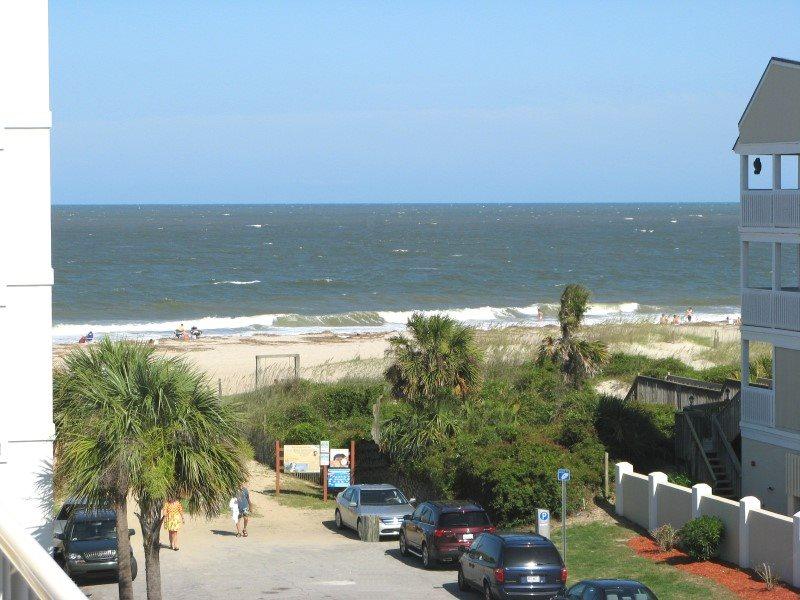 Gull Reef Club Iniums Unit 616 Swimming Pools Easy Beach Access Restaurant Small Dog Friendly Free Wi Fi