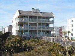 Sand Castle Beach Club - Unit 6 - Swimming Pools - FREE Wi-Fi - Restaurant