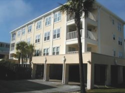 Duneside Terrace Condominiums - Unit 101 - One Block from the Beach - Indoor Pool - Small Dog Friendly - FREE Wi-Fi