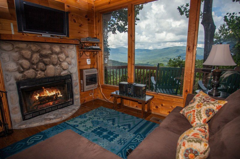 Ellijay Cabin Rentals Contemporary Cabin Coyote Bluff