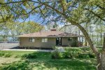 Seneca Vista is a bungalow style home on the shores of Seneca Lake
