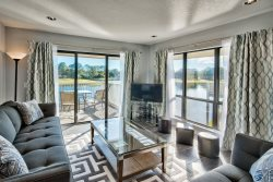 Spacious Contemporary 2 Bedroom Condo at Sandestin Golf and Beach Resort | Includes Golf Cart
