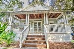 Hwy 30A Cottage in Camp Creek w/Deeded Beach Access! Pool & Hot tub!