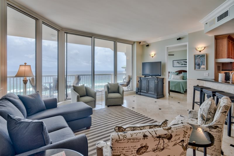 Magnificent Large Penthouse Beach Vacation Rentals At Silver Shells Download Free Architecture Designs Embacsunscenecom
