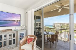 High Pointe Resort! 2 Bedroom, 2 Bath Overlooking Lagoon Pool with Gulf Views, Gated Community, Family Friendly