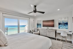 Beachfront Sea Dreams on 30A, Luxe Living 3 Bedroom in South Walton