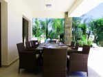 Great shaded outdoor dining area