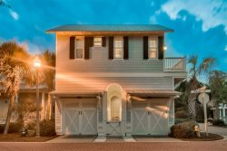 Seacrest Beach - Coastal Comfort Carriage House