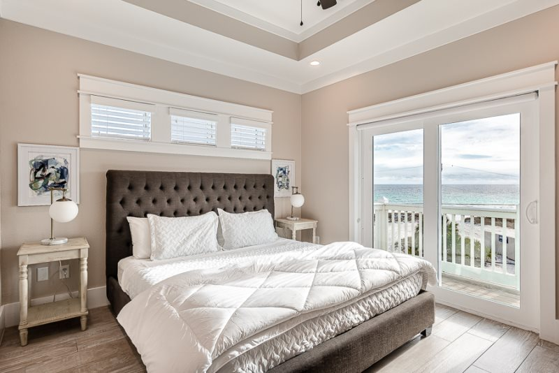 3 300 Square Feet Beach House Will Sleep Up To 20 Guests