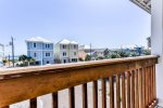 Top floor balcony has great views of East Panama City Beach